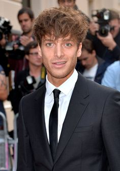 2014 GQ Men of the Year Awards: Style Roundup image GQ Men of the Year Awards Paolo Nutini Gq Awards, Paisley, Paolo Nutini, Gq Men, Teen Choice Awards, Boy Hairstyles, My Favorite Music, Stylish Men, Bellisima