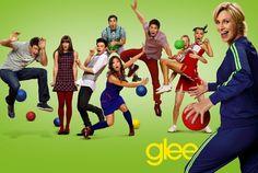 """"""" Quem se importa com o que acontecera ao chegarmos lá, se chegar lá foi tão divertido. """"    - Glee."""