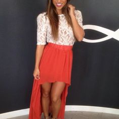 Lace and high-low hem skirt... Two top trends of the season we love in one look!