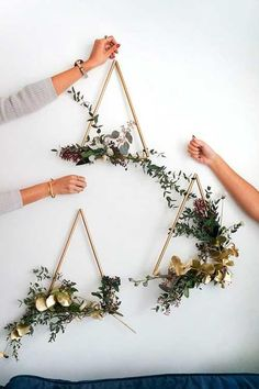 Gardens Discover Sam is home DIY modern brass wreath # wreath . Sam is home DIY modern brass wreath # wreath # brass Easy Crafts To Make Crafts To Sell Diy Crafts Decor Crafts Mason Jar Crafts Mason Jar Diy Creation Deco Deco Floral Floral Wall Mason Jar Crafts, Mason Jar Diy, Crafts To Make And Sell, Diy And Crafts, Modern Crafts, Sell Diy, Modern Wall Decor, Gold Wall Decor, Canvas Wall Decor