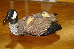 Heritage Decoys CANADA GOOSE WITH CHICK Miniatures  Champion Carver J.B. Garton