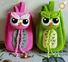 Crochet Owl Backpack love it Crochet Crafts, Crochet Toys, Crochet Projects, Free Crochet, Knit Crochet, Crochet Handbags, Crochet Purses, Purse Patterns, Crochet Patterns