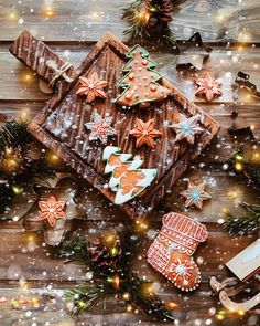 42 beautiful winter images winter image winter aesthetic winter in the city winter images holiday season iphone wallpaper background iphone background winter christmas images Christmas Time Is Here, Christmas Mood, Merry Little Christmas, Noel Christmas, All Things Christmas, Christmas 2019, Christmas Weather, Christmas Quotes, Christmas Recipes
