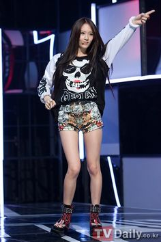 "f(x)'s Pictures from their ""Electric Shock"" comeback on M!Countdown"