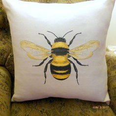 JulieButlerCreations Etsy Diy Pillows, Accent Pillows, Decorative Throw Pillows, Pillow Ideas, Large Floor Pillows, Floor Cushions, Fabric Painting, Watercolour Paintings, Painting Tips