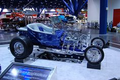 Hot Rod Car Show, Custom Car Shows, Bobbers, Customs, Summit Show Car Series - Autorama / World of Wheels