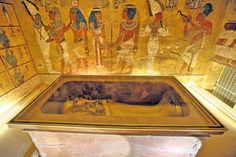 Enjoy a private Luxor day trip from Hurghada to visit Karnak temple, Valley of the Kings, Hatshepsut temple, and Colossi of Memnon, then back to Hurghada. Ancient Egypt, Ancient History, Le Sphinx, King Tut Tomb, Le Nil, Luxor Temple, Queen Nefertiti, Queen Cleopatra, Egyptian Mythology