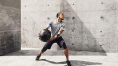 More than 25 years of experience and Innovation deliver lightweight and stable protection for performance training.