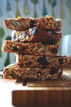quinoa seed granola bars ina stack