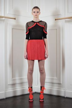 See the complete Francesco Scognamiglio Resort 2012 collection.