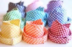 Gingham bow ties*