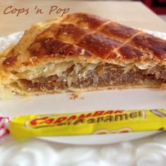 Galette des rois Express au carambar Galette Des Rois Recipe, Nutella, Tolle Desserts, Artisan Food, French Food, I Love Food, Cupcake Cakes, Cravings, Caramel