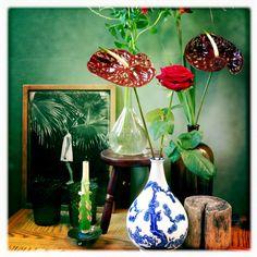 Flowers and Vases: The taste of Petrol and Porcelain | Interior design, Vintage Sets and Unique Pieces www.petrolandporcelain.com.    photo by Violaine Chapallaz