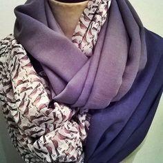 enlacer foulard xxl mix étamine de laine et polyester viscose imprimée  dimension 40/270 cm