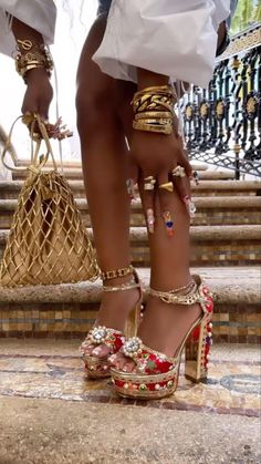 Aesthetic Shoes, Black Girl Aesthetic, Dr Shoes, Me Too Shoes, Rave Outfits, Girl Outfits, Dressy Outfits, Fashion Shoes, Fashion Outfits
