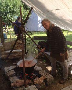Wilde Küche #bogenbau #wildniscamp #kartoffelgulasch