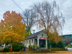 Great Places, Places To Go, City Pub, Best Pubs, Oregon City, Washington Street, Historic Properties, Episcopal Church, Oregon Travel