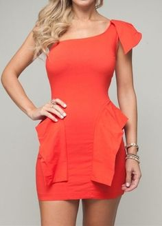 Cute dress, love the color