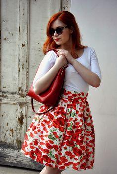 Rendez-vous s máky Nadýchaná sukně ve stylu 50. let plná rozkvetlých máků ebbca0d39a6