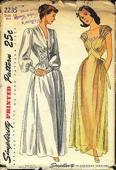 Simplicity 2235...inset waist dressing gown