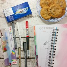 EDIT  Broadcast on Periscope @yespleaseplanning   Can't think of a better way to wind down after a long day than a plate of cookies a glass of (almond) milk  and a pile of new art supplies to play with. G'night y'all! #unlessidecidetoperiscope #cookiesandcreativity #artist #watercolor #lettering #artsupplies #handlettering #cookies #create #createeveryday #onmydesk #onmytable #creativityaddict by yespleaseplanning