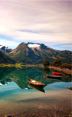 Norway Picturesque - Beautiful Photos - The most beautiful scenery in the world Places Around The World, Oh The Places You'll Go, Places To Travel, Places To Visit, Around The Worlds, Wonderful Places, Beautiful Places, Beautiful Scenery, Amazing Places