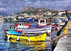 Fishing boats in Hout Bay, South Africa 7 Places, Places To Visit, Cape Town Tourism, Cape Town South Africa, The Beautiful Country, Beautiful Places, By Train, Pretoria, Africa Travel