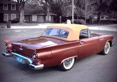 '57 Thunderbird Bronze Ford Motor Company, Classic Trucks, Classic Cars, Hot Rods, Convertible, Ford Thunderbird, Sweet Cars, Car Ford, Old Cars