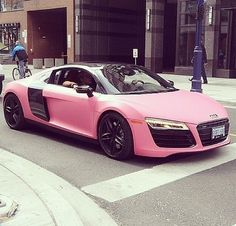 Pink cars aren't really my thing buttt this one's kinda cool (: