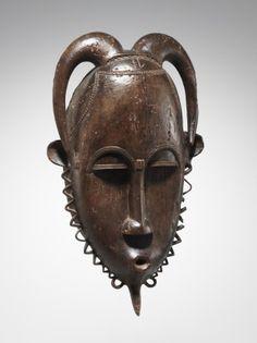 http://www.hammerauktionen.ch/auktion/hammer-auktion-1-kunst-aus-afrika/