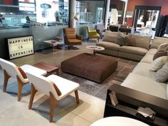 Sofás, sillones, alfombras para dar calidez a tu hogar de cara al otoño...  Septiembre 2014.