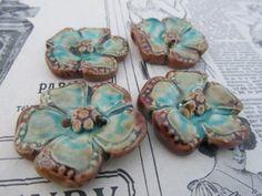 4 boutons fleurs céramique artisanale