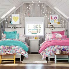 Teen Girl Bedrooms - A breathtaking yet spectacular collection on teenage girl room tips and tricks. For additional smart teen girl room decor tips why not push the link to wade through the article idea 5961932601 today. Twin Girl Bedrooms, Sister Bedroom, Shared Bedrooms, Little Girl Rooms, Twin Room, Twin Bedroom Ideas, Kids Bedroom Sets, Twin Girls, Kids Rooms