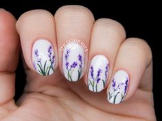 Delicate lavender blossoms nails by @chalkboardnails