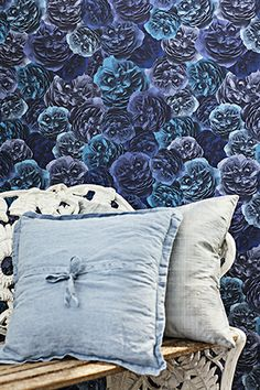 A new collection of high quality wallpapers by Decor Maison, a well-known Swedish brand.  Sold in our store! Visit www.moonavoor.ee for details!
