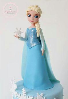 Elsa fondant figure