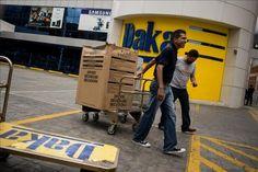 En Venezuela restricciones rojas-rojitas