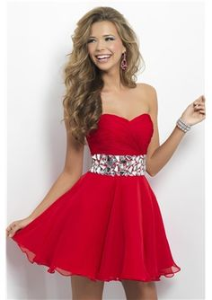 Elegant A-line Mini/Short Sweetheart Neck Chiffon Sleeveless Homecoming Dress