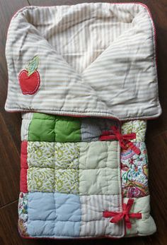 Mamas & Papas 'Made with Love' Snuggle Me Blanket  Better pictures to figure out how to DIY as these are no longer being made by Mamas and Papas