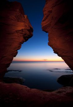 Thunder Cove, Prince Edward Island, Canada - just beautiful. We got engaged on PEI :) Oh The Places You'll Go, Places To Travel, Places To Visit, Pvt Canada, Voyager Loin, Fraser Island, Destinations, Photos Voyages, Parc National