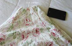 Tablecloth Tree skirt    http://shabbychicblog.com/2012/01/30/shabby-chic-diy-project.aspx