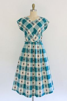 gingham folk dress vintage 1950s Dixie Lou window pane plaid
