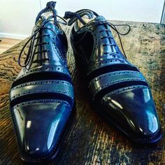 Gladiator Novecento Line. www.frecciabestetti.com #bestettishoes #shoesporn #saphir #shoegazing #doublemonk #styleforum #foxflannel #foxumbrellas #patina #reverso #jlc #patekphilippe #incotex #drakes #leffot #tasselloafer #foster #milan #milanstyle