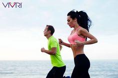 ¿Sabías que...?  Correr hacia atrás es una buena alternativa de entrenamiento para reducir el impacto agresivo que la carrera convencional produce a nuestras articulaciones!!!  Además, nos ayuda a ejercitar más grupos musculares, fortalecer las rodillas, tener una postura más erguida, mejora la visión periférica y el equilibrio, y trabaja más los abdominales!!  #VIVRI #SabíasQue