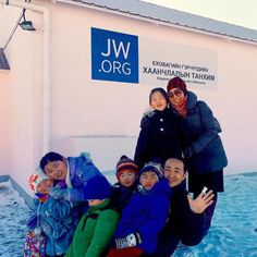 At the Sunday meeting in Mongolia. Photo shared by @jw_joming