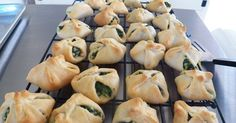 Sid's Sea Palm Cooking: Spanakopita Crescents