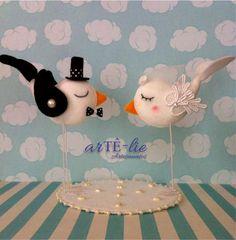 Topo de bolo! Passarinhos <3 #love #casamento #bird #marriage #wedding #feltro #felt