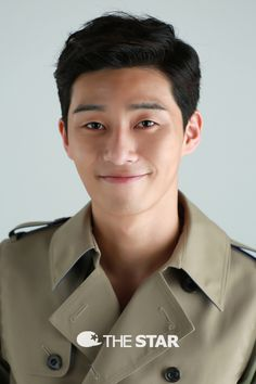 Park Seo Joon Making waves in the K Drama Land since 2014 and his good boy charm is a stand out. We will totally see more of him definitely.