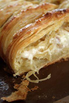 Thanksgiving Brunch :: White Chocolate Cream Cheese Danish Braid with Tart Apples & Walnuts