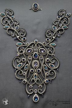 The Impossible Is Often the Untried -Bead embroidered neckpiece by Alla Maslennikova. Колье Baroque из коллекции Joaillerie Royal и Battle of the Beadsmith Bead Jewellery, Gemstone Jewelry, Beaded Jewelry, Jewelery, Handmade Jewelry, Beaded Necklace, Soutache Jewelry, Handmade Beads, Handmade Necklaces